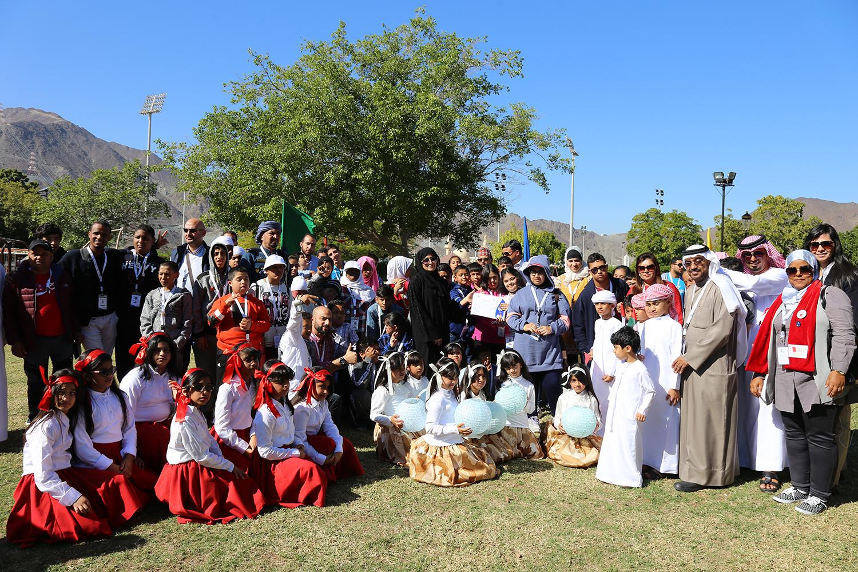 المشاركون في مخيم الأمل 28 يزورون خورفكان وكلباء