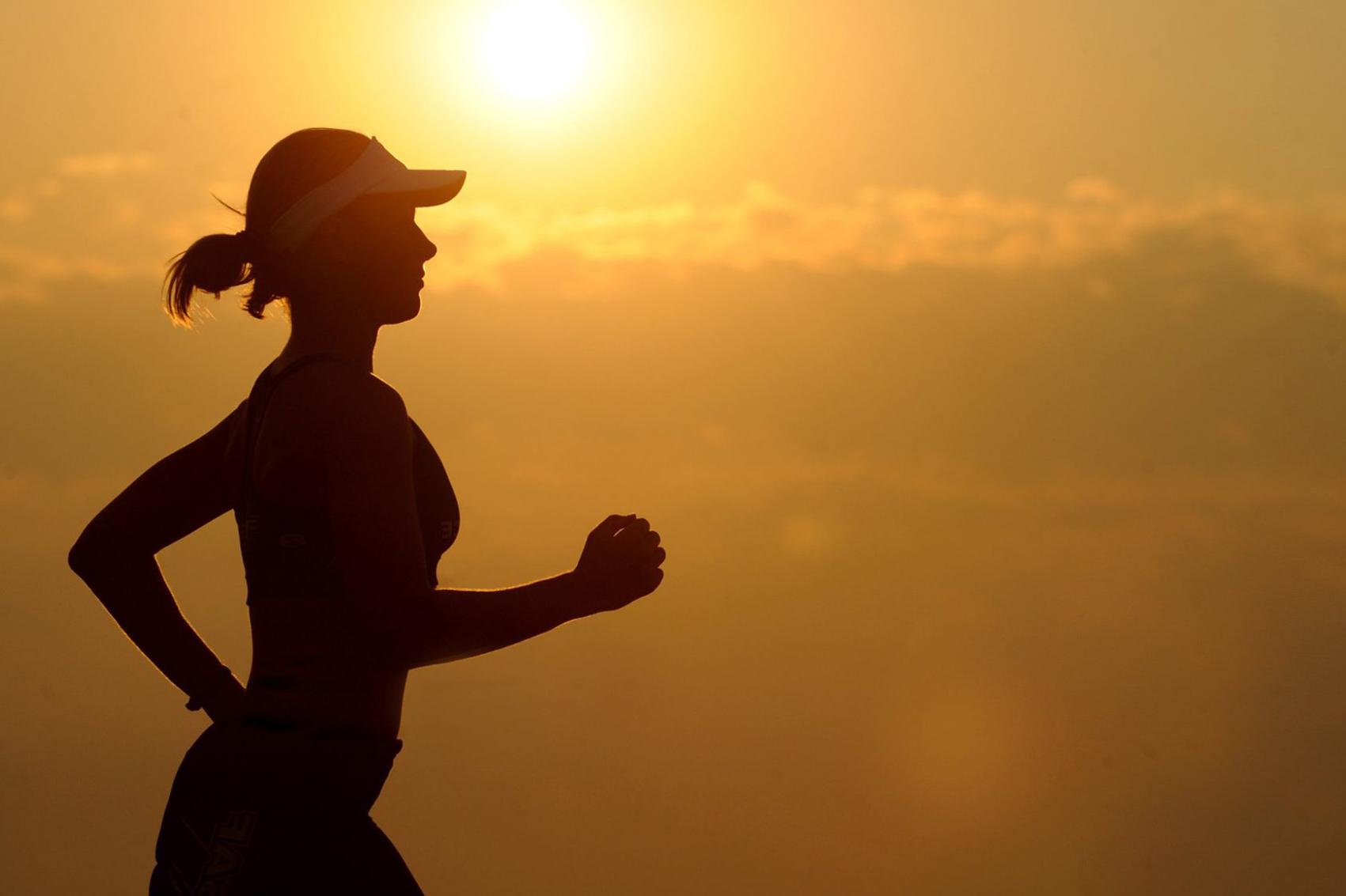ساعة تنزّه يومياً تخفض خطر سرطان الثدي بعد الخمسين