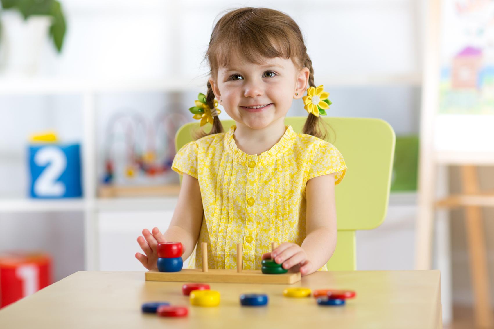 منهج مونتيسوري منارة متألقة في التربية