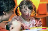 لماذا التدخل المبكر مع الطفل المعاق ذهنياً؟
